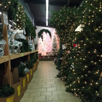 Marges-Specialties-Trees-Wreaths-04