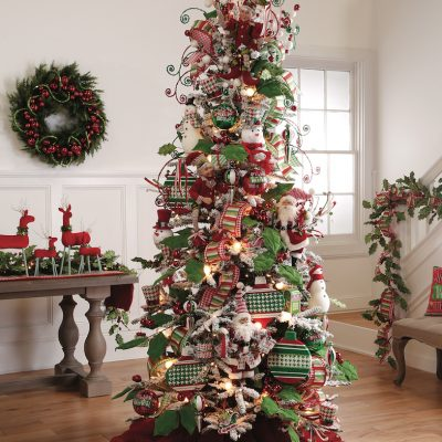 Marges-Specialties-Christmas-Trees-HollyTree_HLY_RS2