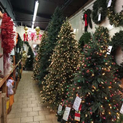 Marges-Specialties-Trees-Wreaths-07